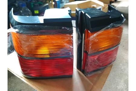 Фольксваген B 3 фонари задние угловые