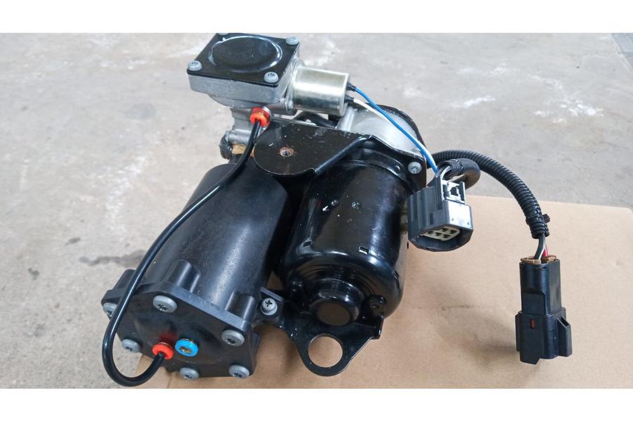 Range Rover Vogue l322 HITACHI компрессор пневмоподвески