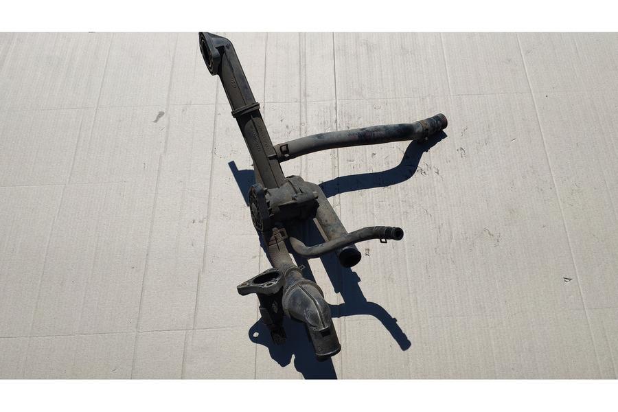Хёндай Гетц 1.1 патрубок охлаждения с термостатом