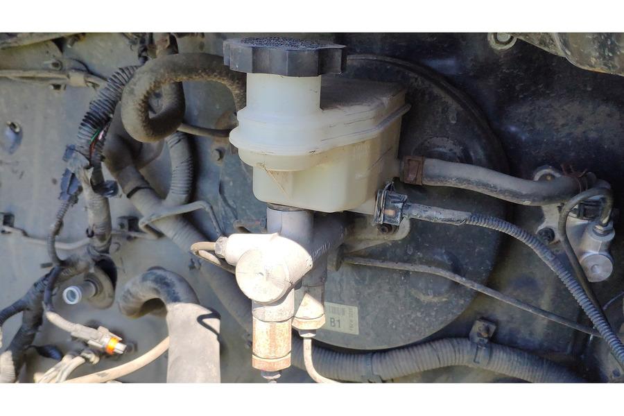 Хёндай Гетц 1.1 бенз главный тормозной цилиндр