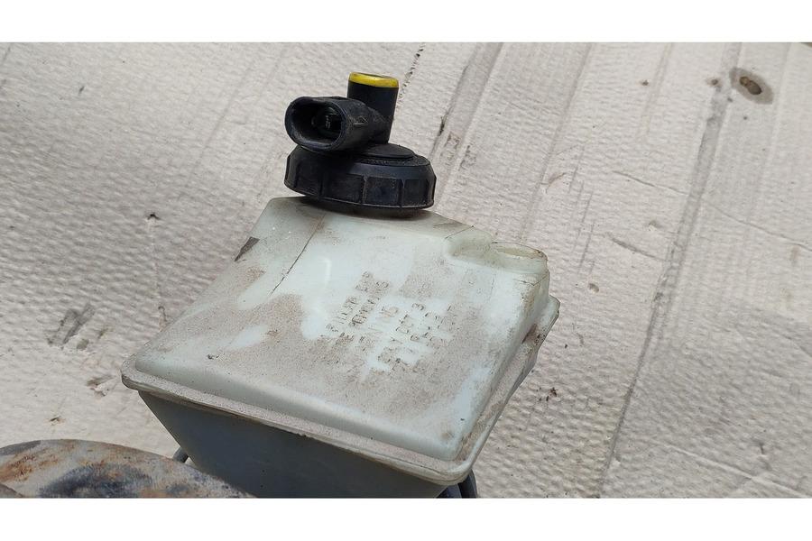 Рено Кангу 2005 г 1.4 вакуумный усилитель тормозов