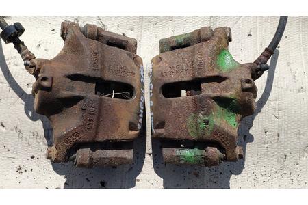 Рено Кангу 2005 1.4 тормозной суппорт передний