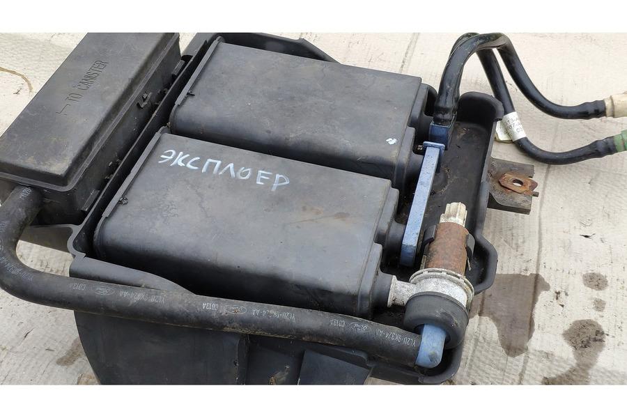 Ford Explorer Sport 4.0 2001 г. абсорбер