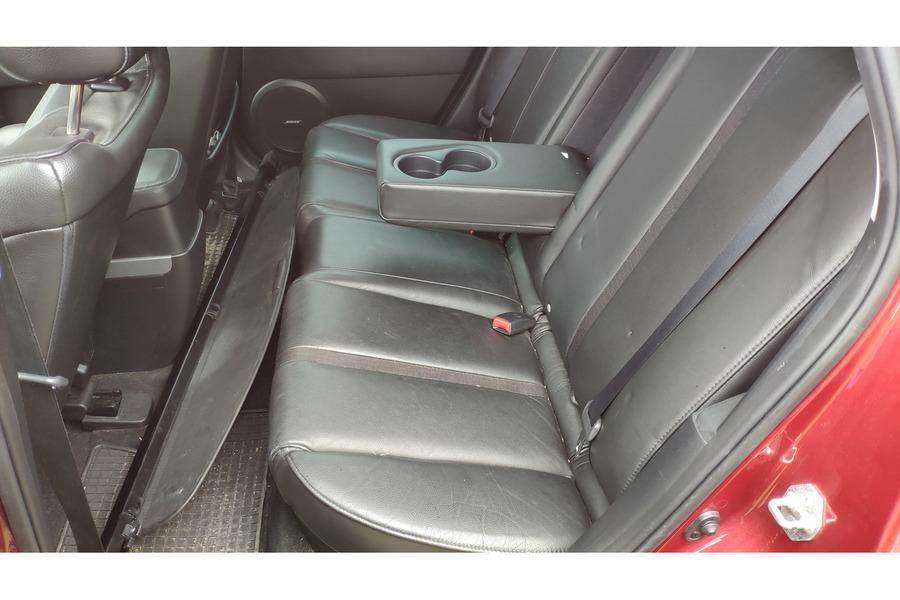 Mazda CX-7 2006-2012 г. заднее сидение