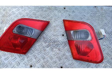 Мицубиси Каризма 1.8 GDI 2003 г.в.фонари задней кр