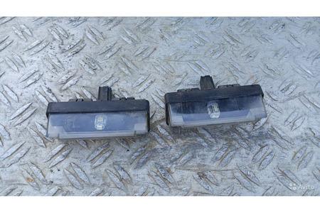 Мицубиси Каризма 1.8 GDI 2003 г.в. фонари освещени