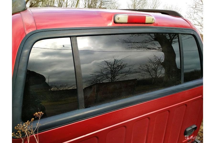 Форд Эксплоуер Спорт 2001 г.в.4.0 бензин стекла за