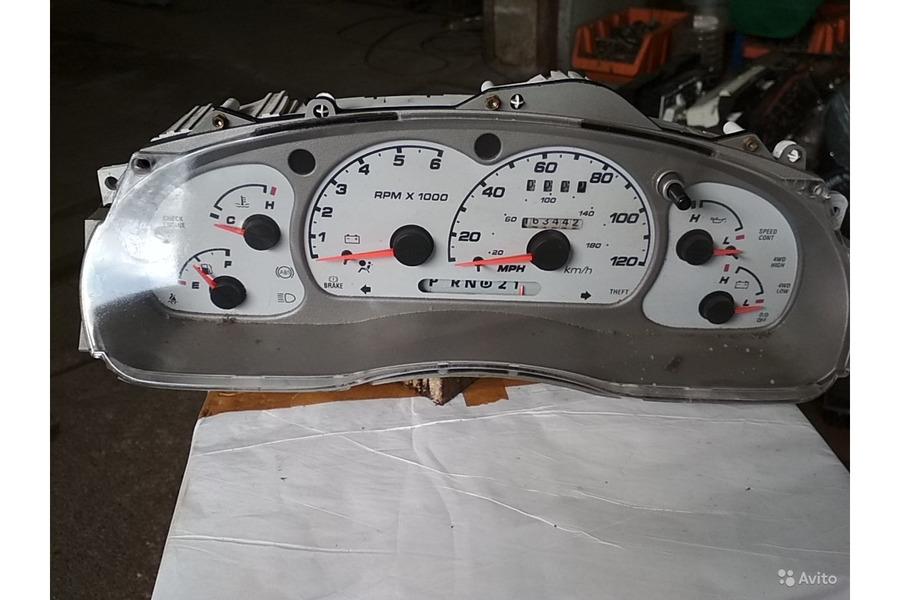 Форд эксплоуер 2002 г в щиток приборов